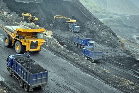 Bergbautourismus in Quang Ninh - ảnh 1