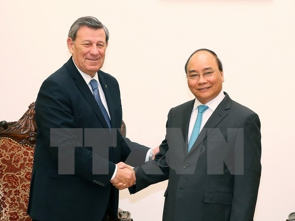 Premierminister Nguyen Xuan Phuc trifft Uruguays Außenminister in Hanoi - ảnh 1