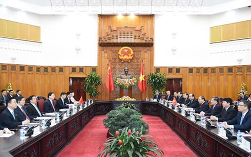 Premierminister Nguyen Xuan Phuc empfängt Spitzenpolitiker Chinas - ảnh 1