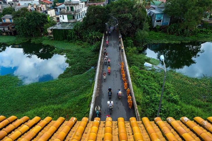 Wunderschöne Fotos über die Kaiserstadt Hue, am Tag und in der Nacht - ảnh 10