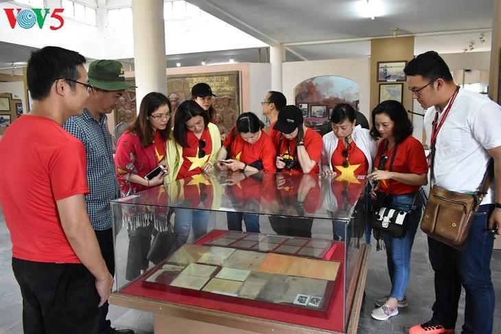 Besuche an den historischen Orten in Truong Son - ảnh 20