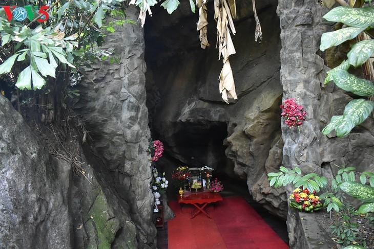 Besuche an den historischen Orten in Truong Son - ảnh 2