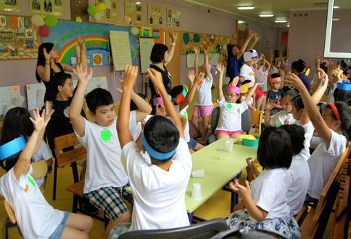 Kết quả hình ảnh cho học tiếng Việt để giữ gìn bản sắc