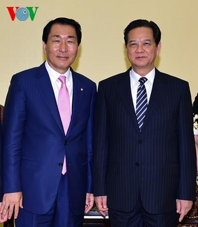 Việt Nam và Hàn Quốc đẩy mạnh hợp tác song phương - ảnh 1