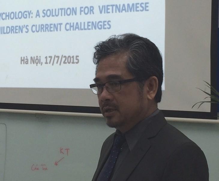 Tiến sĩ gốc Việt nỗ lực hợp tác phát triển ngành tâm lý học đường ở Việt Nam - ảnh 1