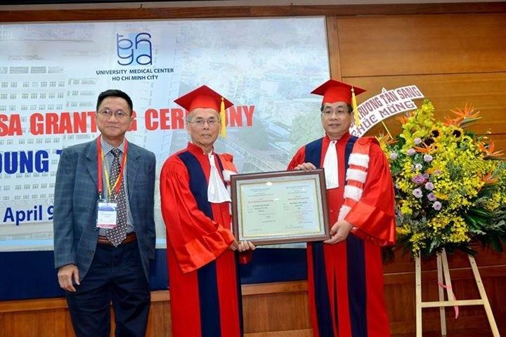 Bác sĩ Daniel Trương được phong hàm Giáo sư Danh dự  - ảnh 1