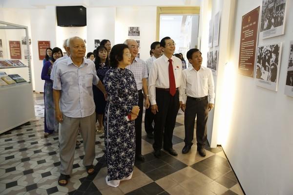 """Trưng bày chuyên đề """"Quốc hội Việt Nam đồng hành cùng dân tộc"""" tại thành phố Hồ Chí Minh - ảnh 1"""