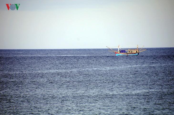 Cồn Cỏ - hòn ngọc thô giữa biển xanh quyến rũ - ảnh 9