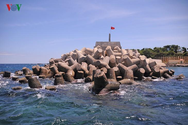 Cồn Cỏ - hòn ngọc thô giữa biển xanh quyến rũ - ảnh 3