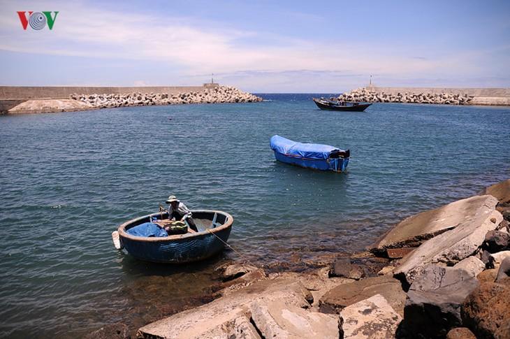 Cồn Cỏ - hòn ngọc thô giữa biển xanh quyến rũ - ảnh 4