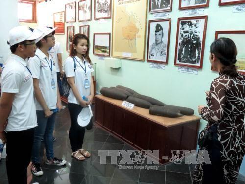 Đại biểu thanh niên kiều bào thăm Khu chứng tích Sơn Mỹ, Quảng Ngãi  - ảnh 1