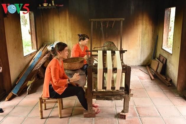 Festival tơ lụa và thổ cẩm Việt Nam – Thế giới 2017 - ảnh 1