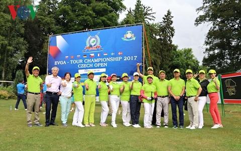 Giải Golf tại Séc gắn kết người Việt tại châu Âu - ảnh 1