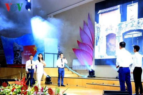 Người Việt tại Ukraine kỷ niệm Ngày Thương binh – Liệt sỹ - ảnh 5