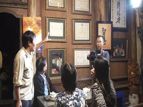 Phim tài liệu về CMT8: Nòng cốt làm nên cuộc CMT8 ở Hà Nội là những người rất trẻ, là trí thức - ảnh 1