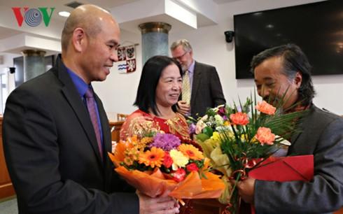 Hội Nhà văn Séc vinh danh dịch giả Việt Nam - ảnh 2
