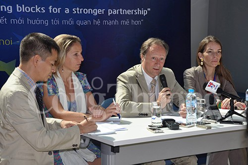 Việt Nam – EU hướng tới ký kết và thực thi EVFTA  - ảnh 1