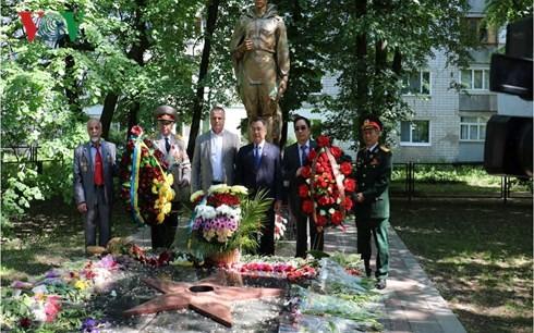 Gặp gỡ cựu chiến binh Việt Nam-Ukraine sau 73 năm chiến thắng phát xít - ảnh 2