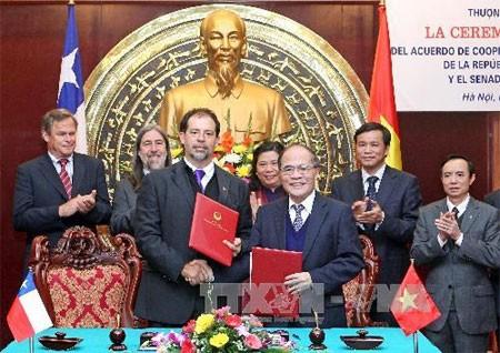 Chilenischer Senatspräsident beendet Vietnam-Besuch - ảnh 1