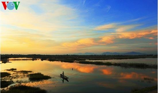 Die romantische Landschaft der Tam Giang Lagune - ảnh 10