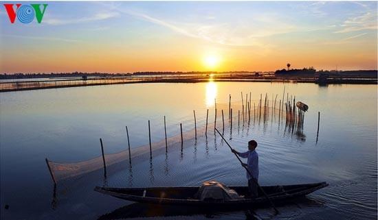 Die romantische Landschaft der Tam Giang Lagune - ảnh 11