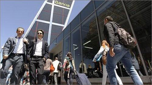 Zweifel an dem Rettungspaket von 100 Milliarden Euro für Spanien - ảnh 1