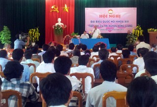 Vize-Premierminister Nguyen Xuan Phuc trifft Wähler in Quang Nam - ảnh 1