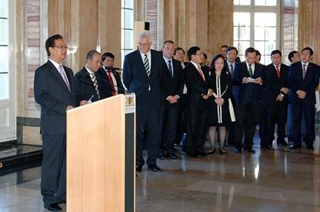 Deutsche Medien berichten über den Besuch des Premierministers Nguyen Tan Dung - ảnh 1