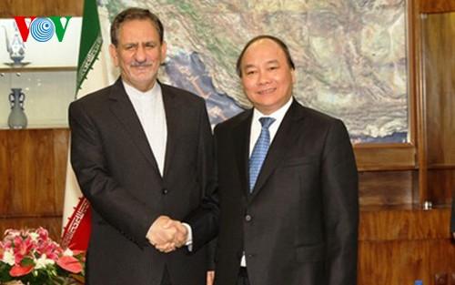 Vize-Premierminister Nguyen Xuan Phuc beendet seinen Iran-Besuch - ảnh 1
