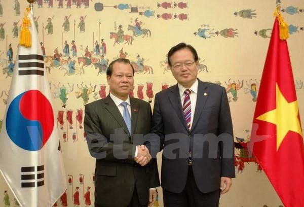 Vietnam und Südkorea fördern die Zusammenarbeit in Handel und Investition - ảnh 1