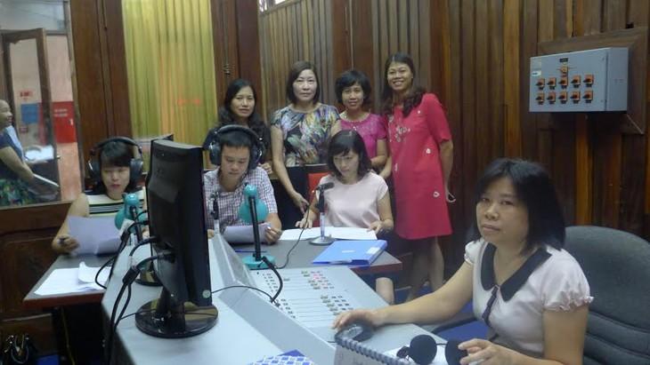 Die Stimme Vietnams hat einen neuen Radio-Kanal für Ausländer - ảnh 1