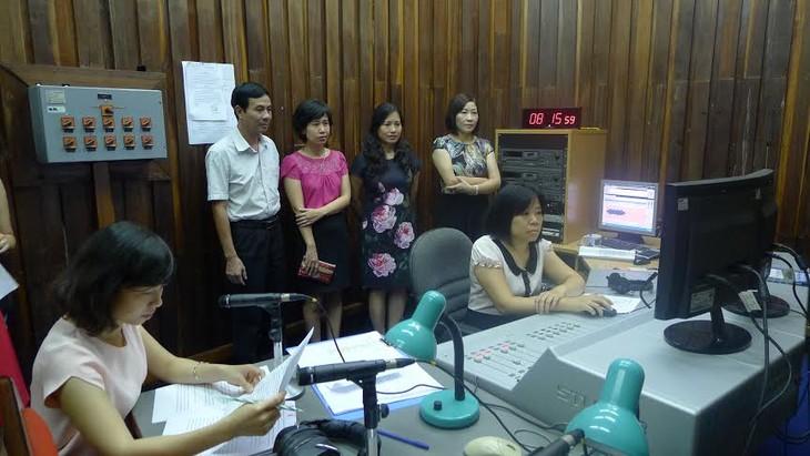 Die Stimme Vietnams hat einen neuen Radio-Kanal für Ausländer - ảnh 2