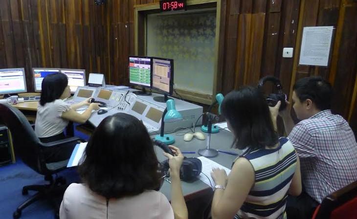 Die Stimme Vietnams hat einen neuen Radio-Kanal für Ausländer - ảnh 3