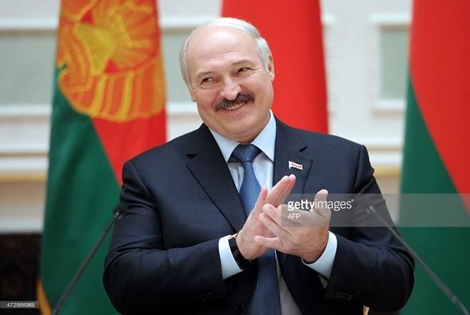 Lukaschenko gewinnt weitere Präsidentschaftswahl - ảnh 1