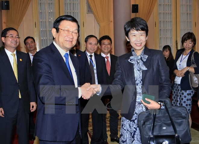 Staatspräsident Truong Tan Sang empfängt japanische Unternehmer Delegation - ảnh 1