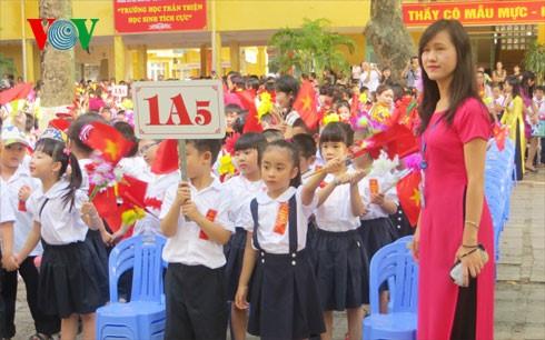 Neues Schuljahr beginnt bald - ảnh 1