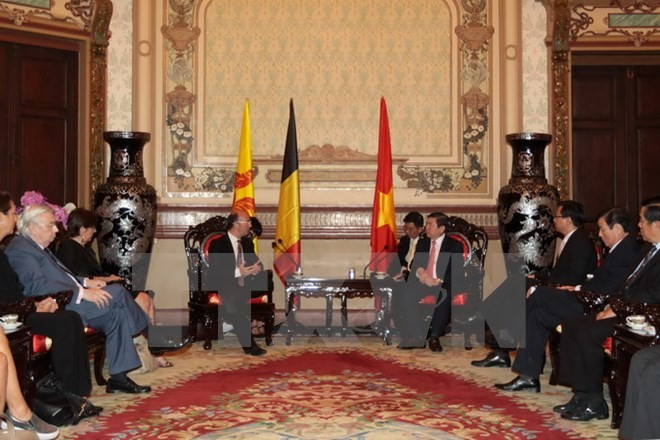 Verwalter von Ho Chi Minh Stadt empfängt den Ministerpräsidenten der Wallonie  - ảnh 1