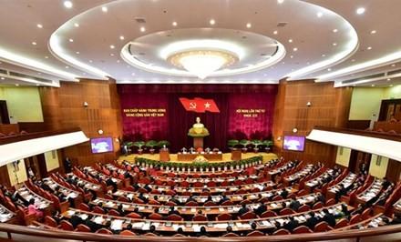 Der 4. Arbeitstag der Sitzung des KP-Zentralkomitees - ảnh 1