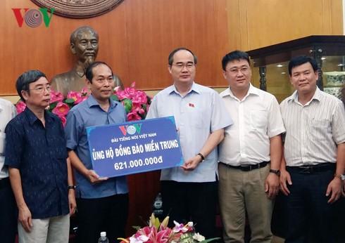 Fast 1,8 Millionen Euro für Flutopfer in Zentralvietnam - ảnh 1