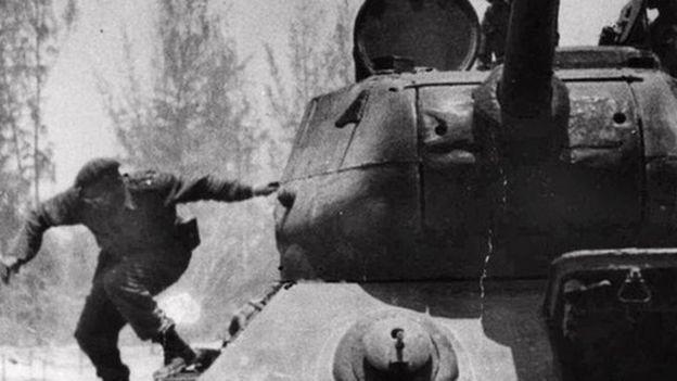 Das Leben und die Karriere des kubanischen Revolutionsführers Fidel Castro - ảnh 12