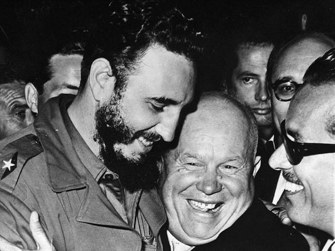 Das Leben und die Karriere des kubanischen Revolutionsführers Fidel Castro - ảnh 9