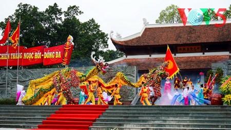 Dong Da-Hügelfest: Darstellung des historischen Kampfes gegen die Eroberung - ảnh 19