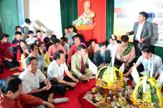 Die Sonderfamilie für die Freundschaft zwischen Vietnam und Laos - ảnh 1