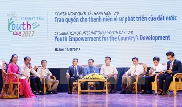 Der internationale Tag der Jugend: Machtübergabe an Jugendliche für die Entwicklung des Landes - ảnh 1