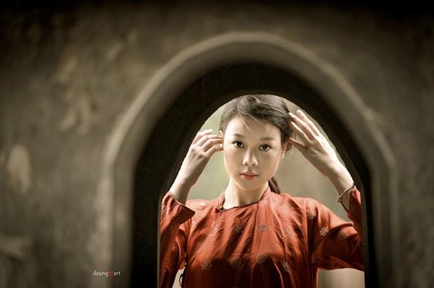 Die reine Schönheit der vietnamesischen Frauen mit dem nationalen Tracht in Fotos von Dzungart - ảnh 1