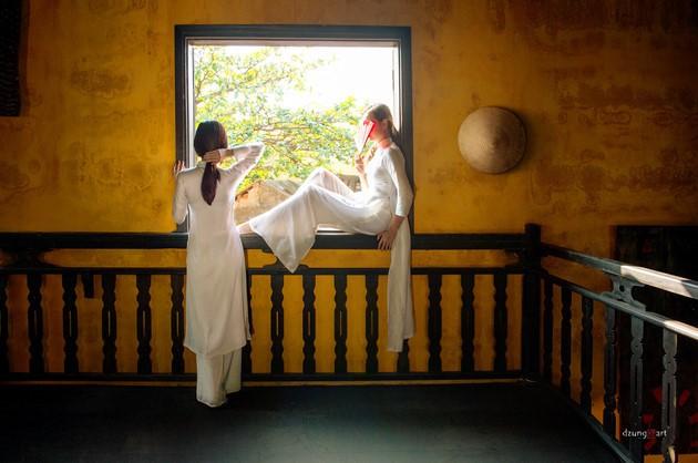 Die reine Schönheit der vietnamesischen Frauen mit dem nationalen Tracht in Fotos von Dzungart - ảnh 6