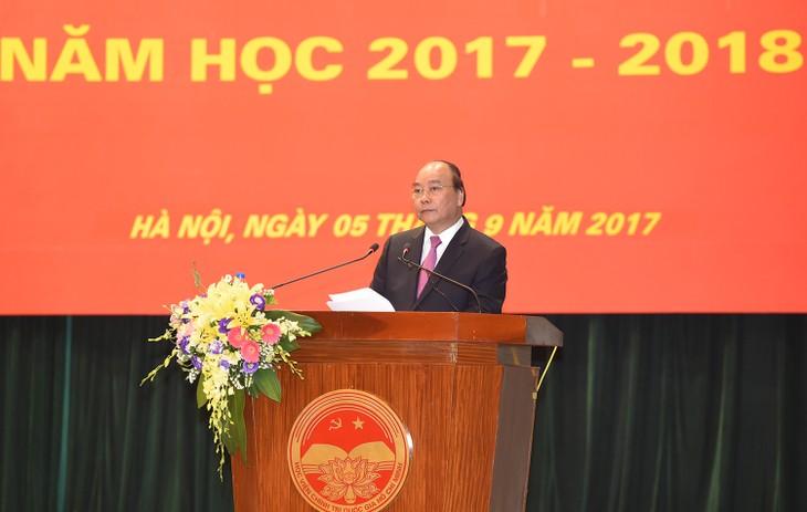 Die Zeremonie zum Schuljahresbeginn in der nationalen Politikakademie Ho Chi Minh - ảnh 1