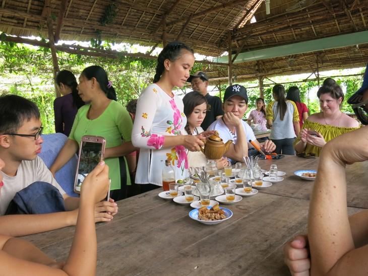 Bewohner der Insel Thoi Son entwickeln Ökotourismus - ảnh 2