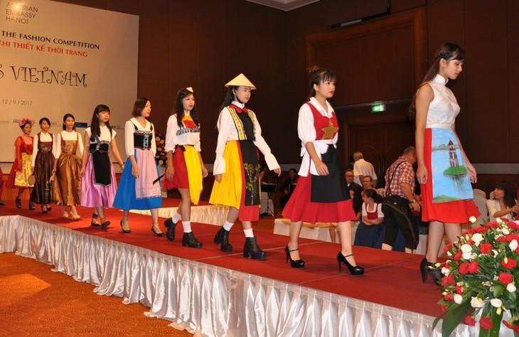 Das österreichische Dirndl im vietnamesischen Stil - ảnh 7