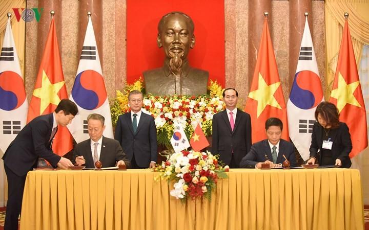 Vietnam und Südkorea wollen das Handelsvolumen auf 100 Milliarden US-Dollar im Jahr 2020 erhöhen - ảnh 1